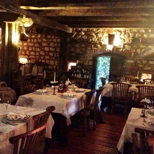 KOTOR (LJUTA), MONTENEGRO: Restoran Stari Mlini